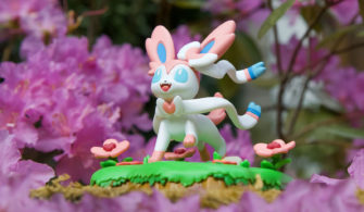 sylveon funko figure 2