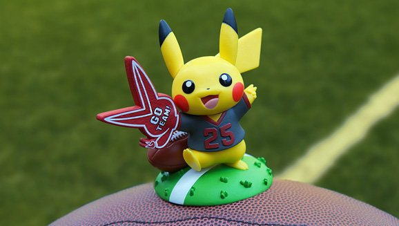 La nueva figura Funko Pop de Pikachu para agosto es Charged Up for Game Day